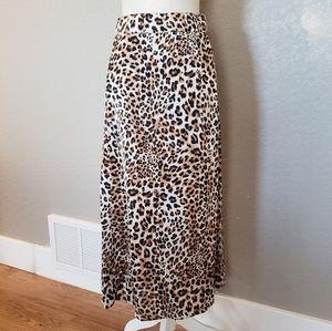 Umgee leopard skirt